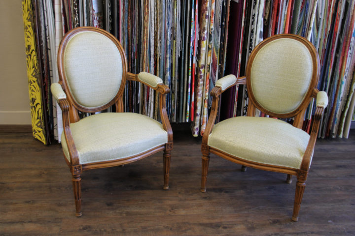 renovation fauteuils contemporains