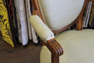 Accoudoir du fauteuil Louis XVI