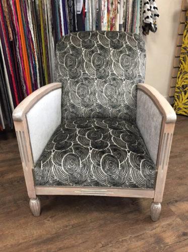 fauteuil-1930-avant-rénovation-de-la-structure
