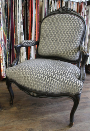 fauteuil-louis-xv-renove