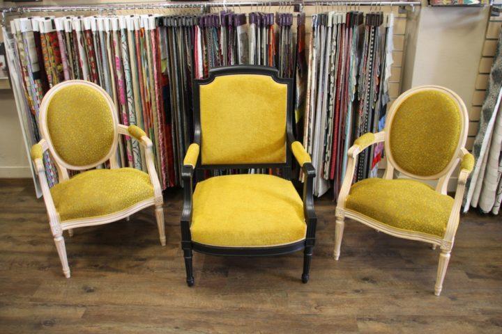 Réfection de fauteuil Louis XVI médaillon