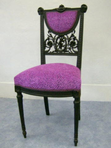 refection-de-chaise-violet-1