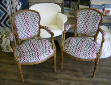 refection-duo-de-fauteuils-tissu-moderne